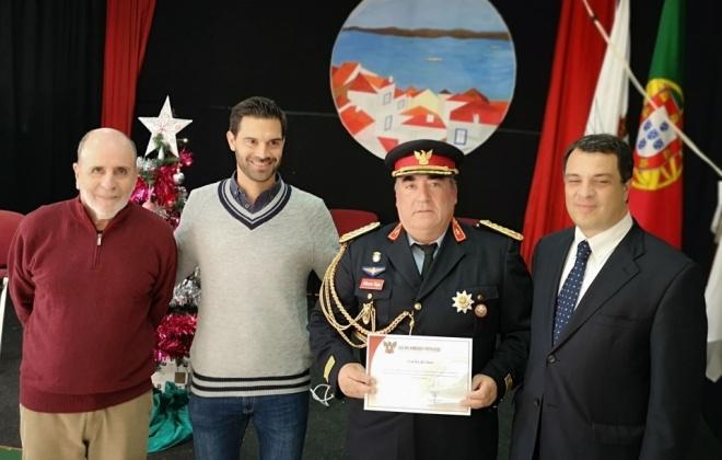 Comandante dos Bombeiros de Santo André recebeu o Crachá de Ouro da Liga de Bombeiros Portugueses
