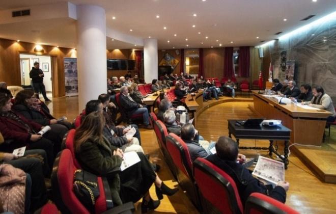 Câmara de Sines promoveu sessão de esclarecimento para residentes e comerciantes na Rua Marquês de Pombal