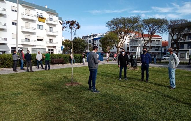 Trabalhadores aprovam realizar marcha pelo emprego, dia 21 de maio, em Sines