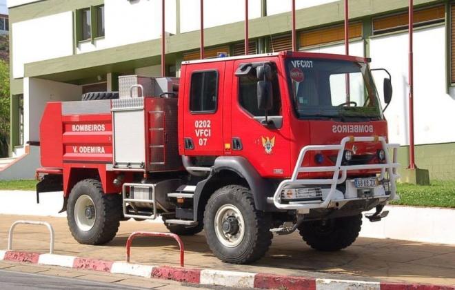 Bombeiros de Odemira combateram incêndio em São Teotónio