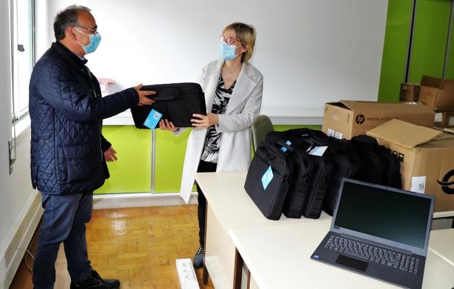 Grândola disponibiliza computadores e internet para ensino à distância