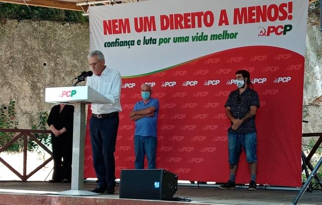 """""""Dinheiro da União Europeia deve destinar-se a reforçar a produção nacional"""" defende Jerónimo de Sousa"""