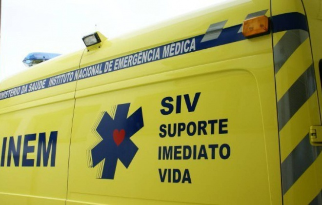 Homem sofre queimaduras ao tentar apagar um incêndio em Santa Clara a Velha