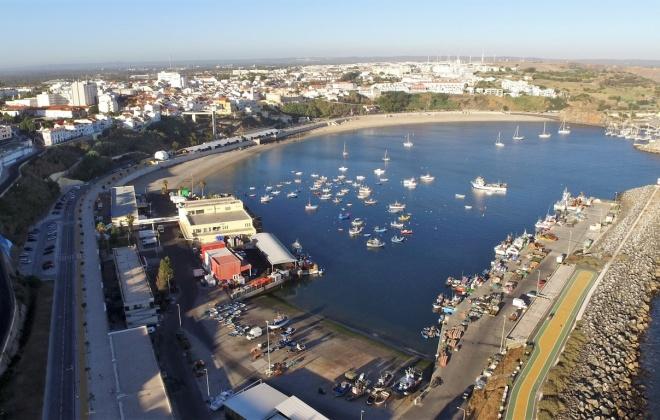 Docapesca abre concurso para construção de edifício de apoio à trasfega de pescado em Sines