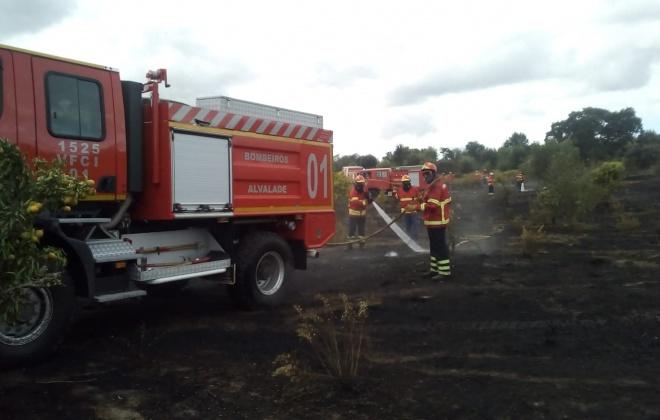 Bombeiros combateram incêndio em Vale de Água, Santiago do Cacém