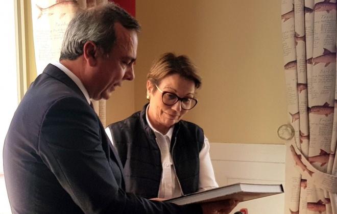 A ministra brasileira da Agricultura esteve em Sines