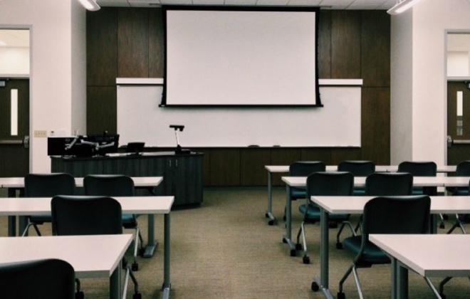 """Covid-19: Escolas vão ter """"campanha permanente de testes antigénio"""""""