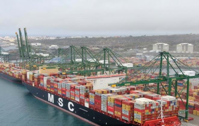 Fisco travou no Porto de Sines a entrada em Portugal de 2 milhões de máscaras
