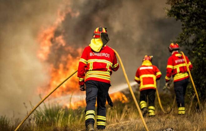 Nove mil bombeiros vacinados a partir de segunda-feira