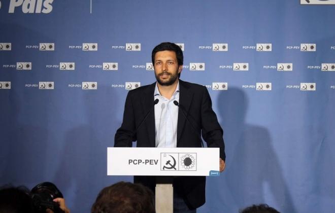 João Ferreira do PCP vai estar amanhã em Sines