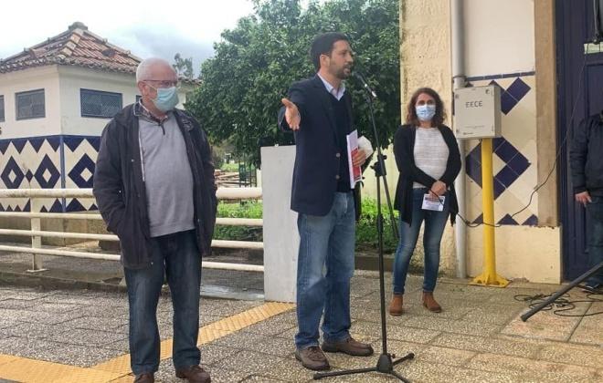 PCP exige que o comboio pare em Luzianes-Gare