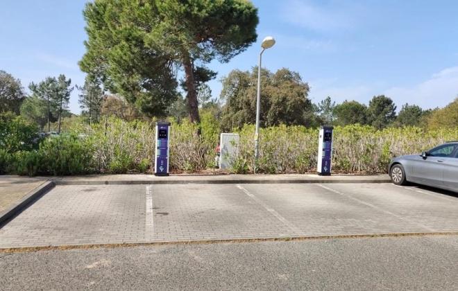 Hospital do Litoral Alentejano dispõe de postos de carregamento de veículos elétricos