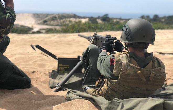 Força de Fuzileiros termina treino de tiro real em Pinheiro da Cruz