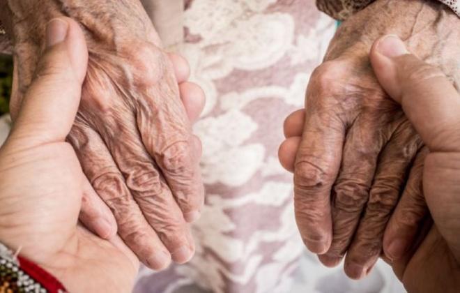 Covid-19: Idosos que saiam dos lares por mais de 24 horas já não precisam de isolamento