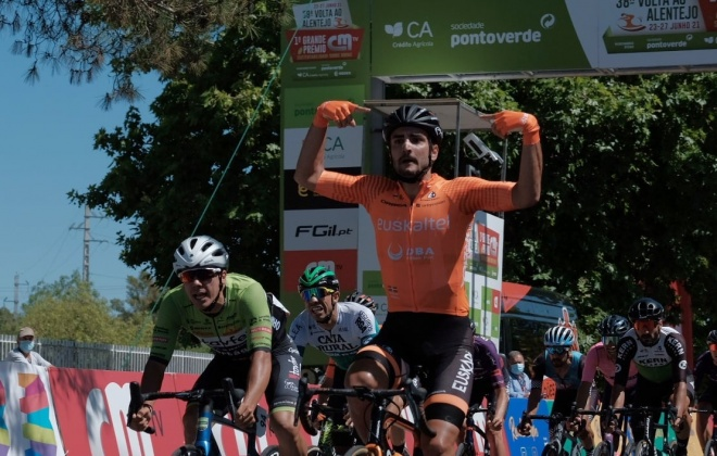 Juan Jose Lobato vence primeira etapa e lidera a Volta ao Alentejo