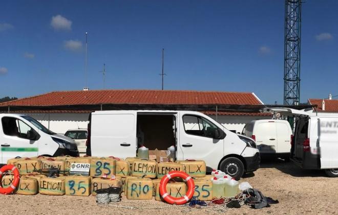 Prisão preventiva por tráfico de cerca de duas toneladas de estupefacientes em Aljezur
