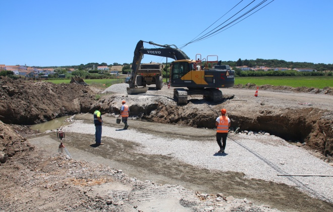 Passagem hidráulica de Santa Catarina em Alcácer do Sal está a ser reparada