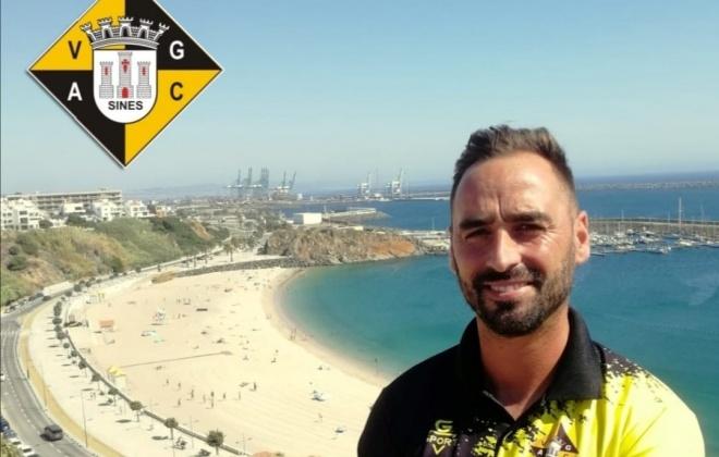 Daniel Direito continua como treinador do Vasco da Gama em 2021-2022