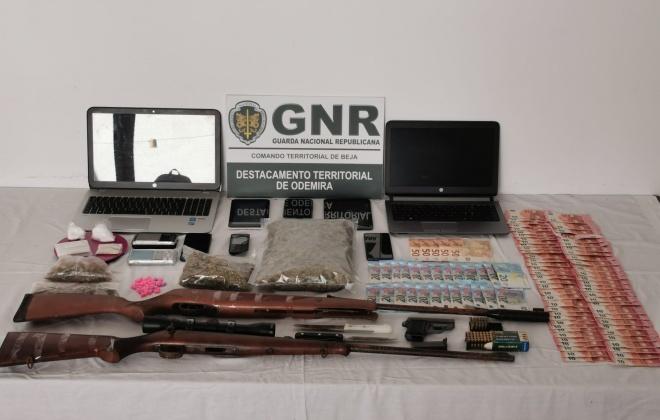 Prisão preventiva para dois suspeitos de tráfico de droga em Odemira